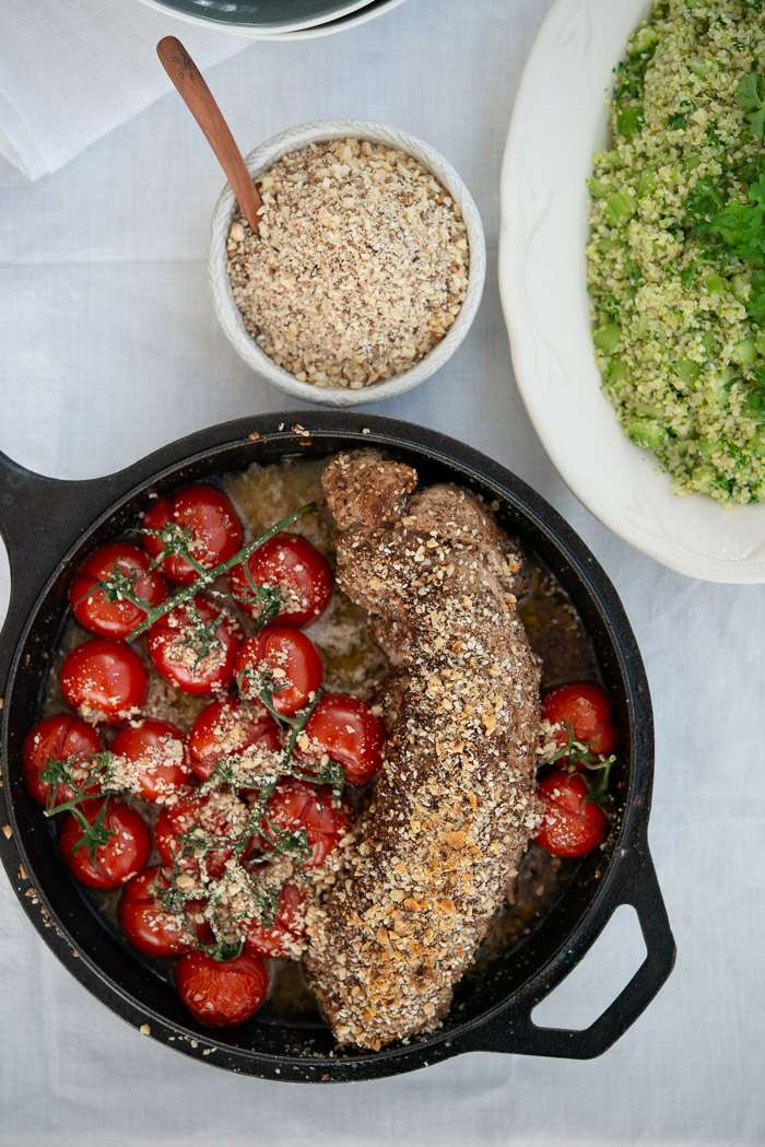 Svinemørbrad med dukkah og broccoli tabbouleh | Marinas mad